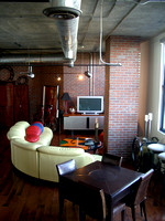 Orchidhouse Lofts 505 • 602.549.9000 • 2009