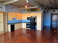 Orchidhouse Lofts 603 • 602.549.9000