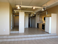 Orchidhouse Lofts 508 • 602.549.9000